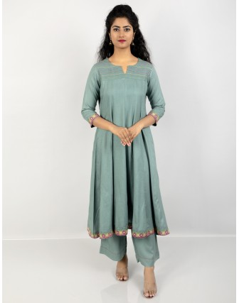 Suti Women's Rayon Slub Party Wear Kalidar Kurta with Trouser, Berly Green