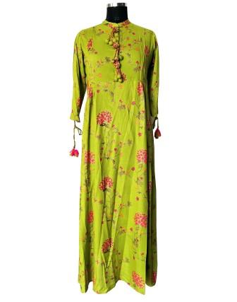 Suti Womens Rayon Regular Fit Dress, Green