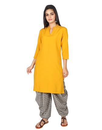 SUTI WOMENS RAYON FLEX EMBROIDERED CASUAL  KURTI, MUSTERED