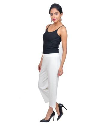 Suti Womens Cotton Lycra Capri Pant, Off White