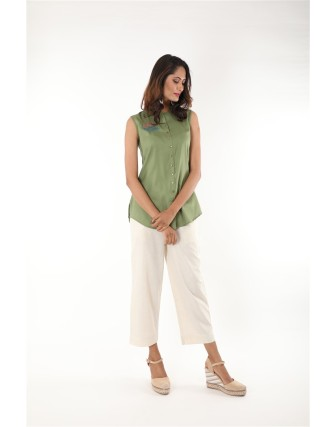 Suti Women Rayon Staple Embroidered Top, Green eyes
